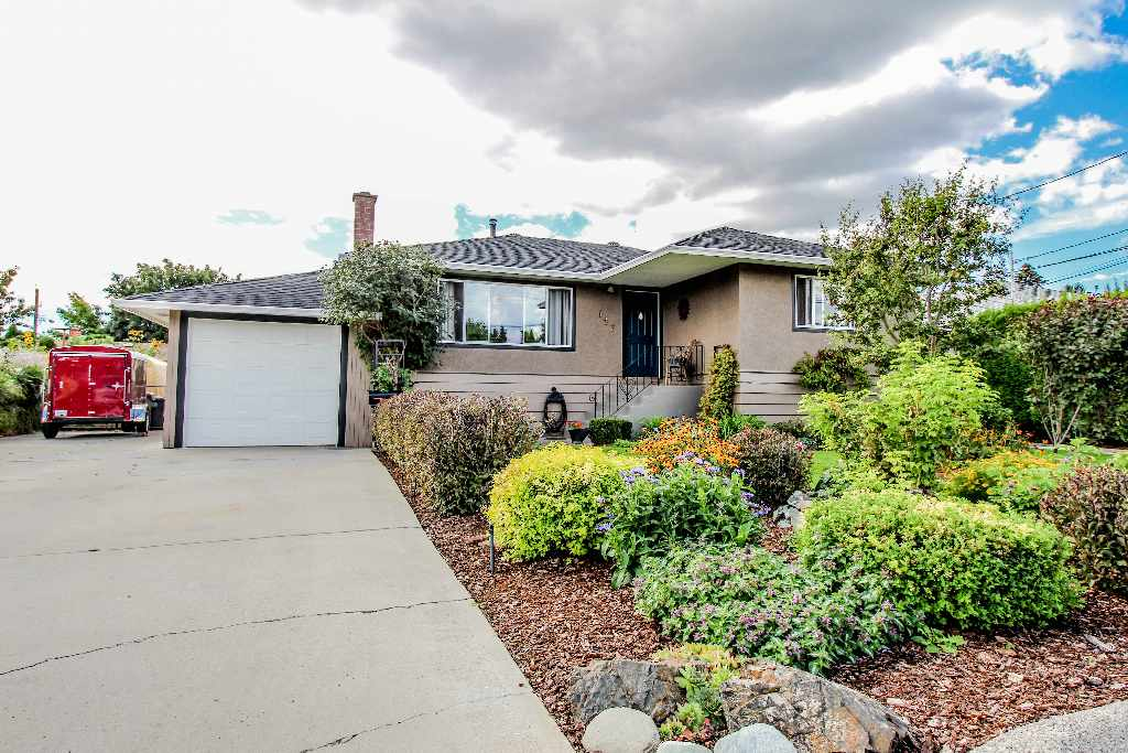 637 Regina Avenue, North Kamloops Home for Sale